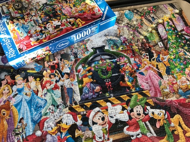 Jennifer's Little World blog - Parenting, craft and travel: Review - Disney  Christmas jigsaw puzzle from Ravensburger